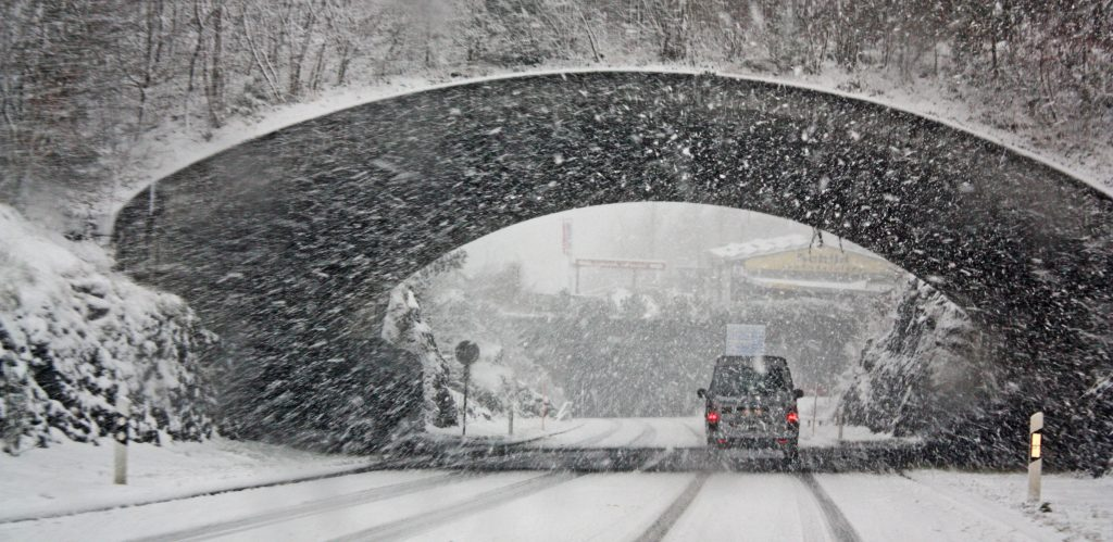 truck-driver-winter-roads