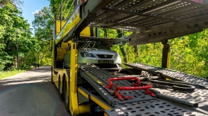 What Does It Take to Be a Car Hauler Truck Driver?