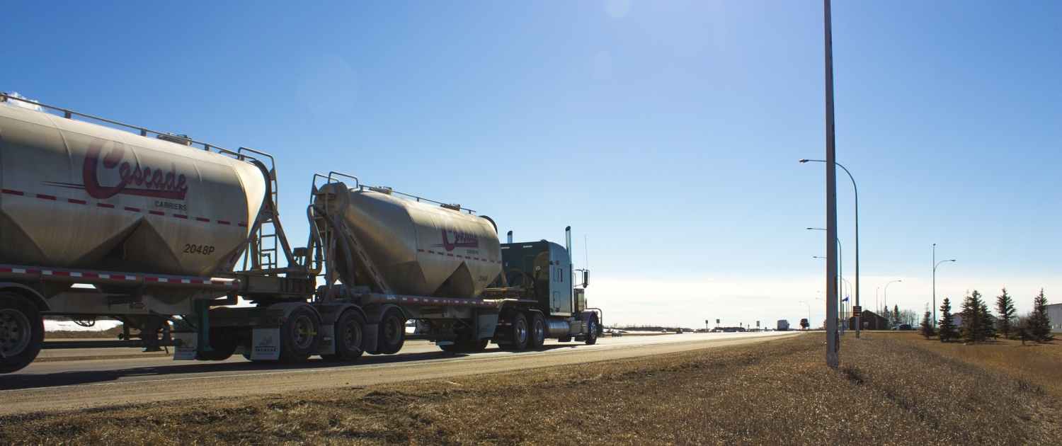 Dry Bulk Tanks: Everything to Know as a Truck Driver