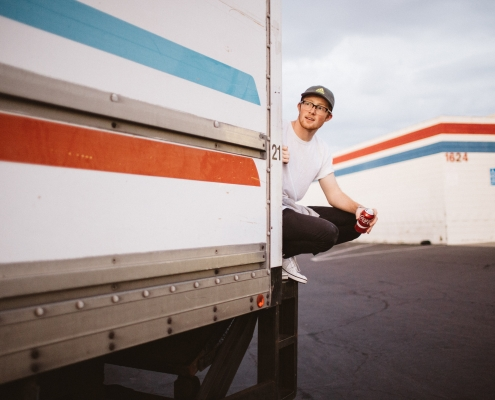 truck driving jobs for 18 year olds